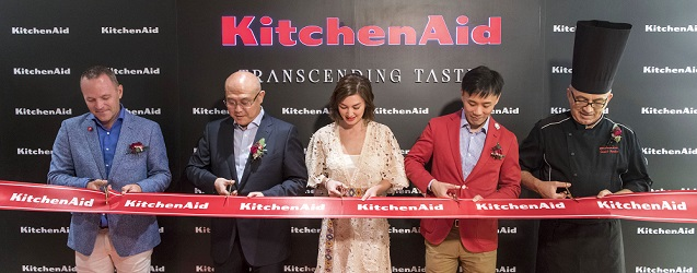 The ribbon cutting ceremony (from left): Mr Ron de Rijk, Sales Manager; Mr. Samuel Wu, APAC Vice President; Danielle Peita Graham, Supermodel; Andrew Yu, Vice President Hong Kong and Taiwan; Daniele Paralovo, Italian Master Chef.